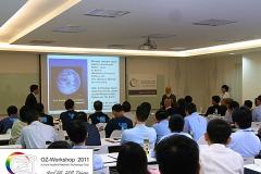 20110518_1442177832_2011-04-28-oz-workshop-039